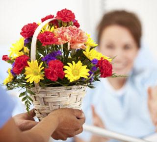 إرسال زهور وهدايا إلى مستشفيات عمّان الأردن