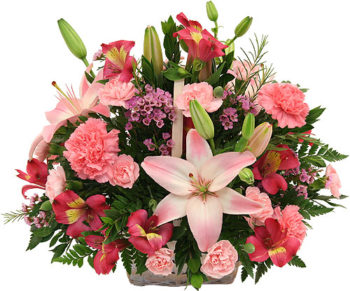 Pink Flowers Basket سلة ورود وردية