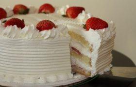 Strawberry Cake ستروبري كيك
