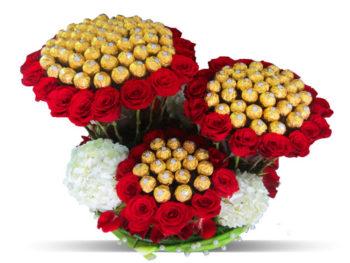 Ferrero Rocher Red Roses Bouquet باقة فريرو روشيه مع ورود حمراء