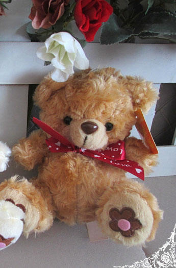 I Love You Bear (White/Brown) )دبدوب انا أحبك (أبيض أو بني