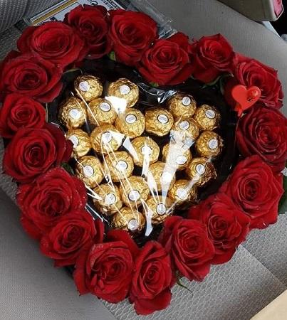 Ferrero Rocher Rose Heart قلب حب ورود مع شوكولا فيريرو روشيه