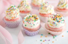 Vanilla Cupcakes كاب كيك فانيلا