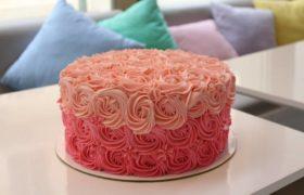 Pink Roses Cake بينك روزز كيك