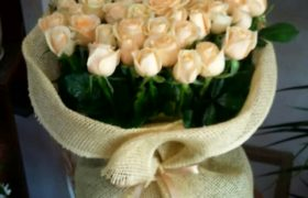 Mother's Days Giant Bouquet باقة عيد الام العملاقه