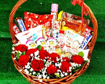 Chocolate Basket with Flowers سلة الشوكولا مع ورود