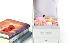 Immortal Flower Box wNecklace بوكس الورود الأسطورية مع سنسال