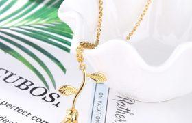 Golden Rose Necklace سنسال الوردة المذهب